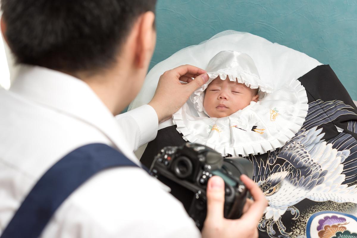 take photo infant
